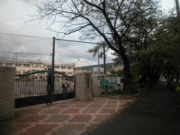 中野区立新井小学校の画像4