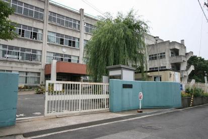 貝塚市立 東小学校の画像1