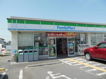 ファミリーマート 小浦忠岡北店の画像1