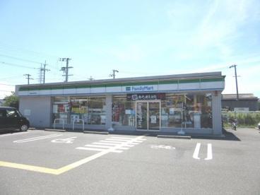 ファミリーマート岸和田中井町東店の画像1