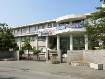 鴻巣市立赤見台中学校の画像1
