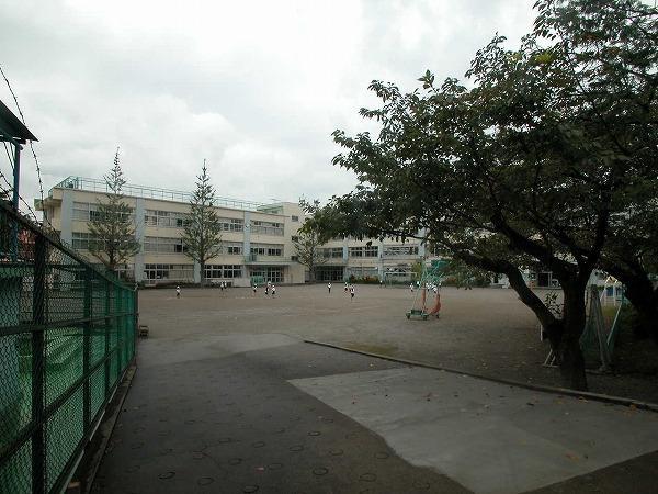 杉並区立杉並第八小学校の画像