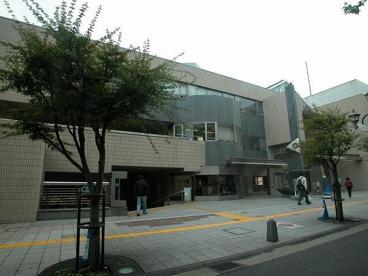 中野区立中央図書館の画像3