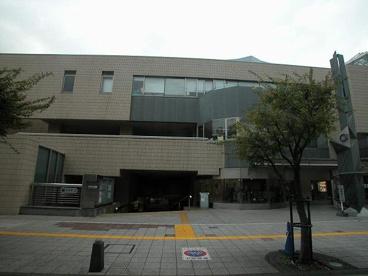 中野区立中央図書館の画像4