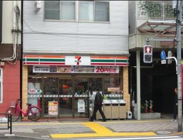 セブンイレブン亀戸十三間通り店の画像1