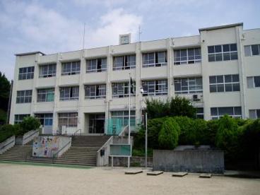 家原寺小学校の画像1