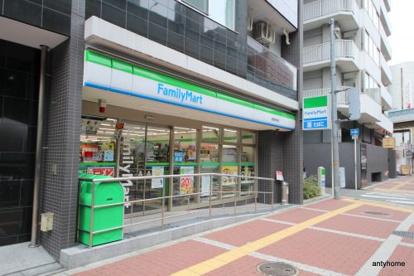 ファミリーマート・曽根崎南店の画像1