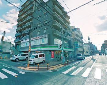 ファミリーマート 白金2丁目店の画像1