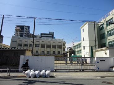大阪市立堀江中学校の画像1