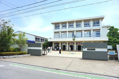 鴻巣市立赤見台第二小学校の画像1