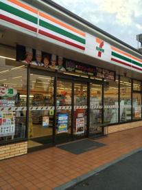 セブンイレブン鴻巣本町店の画像1