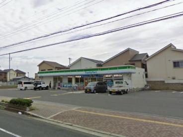 ファミリーマート貝塚加神店の画像1