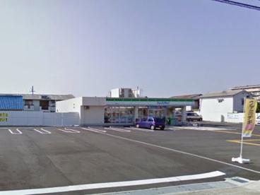 ファミリーマート 貝塚麻生中店の画像1