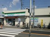 ファミリーマート船橋法典駅前店