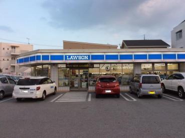 ローソン 宜野湾宇地泊店の画像1