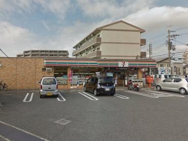 セブン−イレブン岸和田小松里町店の画像1