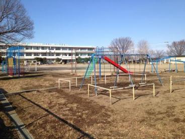 鴻巣市立屈巣小学校の画像1