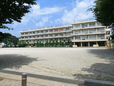 西東京市立栄小学校の画像1