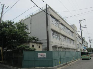 上小阪中学校の画像1