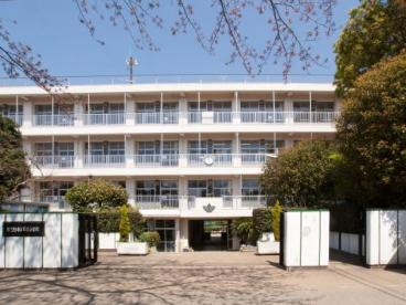実花小学校の画像1