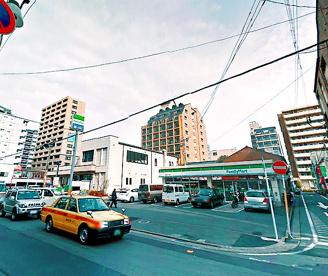 ファミリーマート 清川2丁目店の画像1