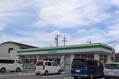 ファミリーマート 寝屋川打上元町店の画像1