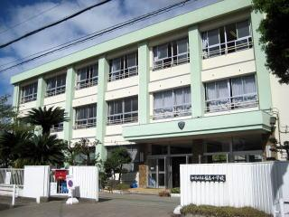 福島小学校の画像1
