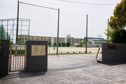 明和中学校の画像1