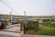 野崎西小学校