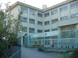 八幡台小学校の画像1