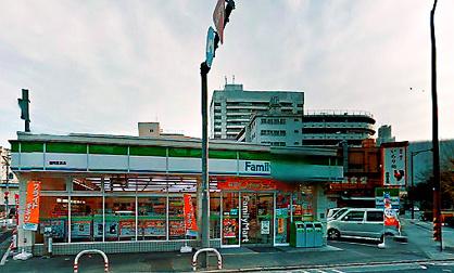 ファミリーマート 福岡長浜店の画像1
