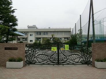 戸田市立戸田東中学校の画像1
