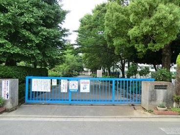 蕨市立東中学校の画像1