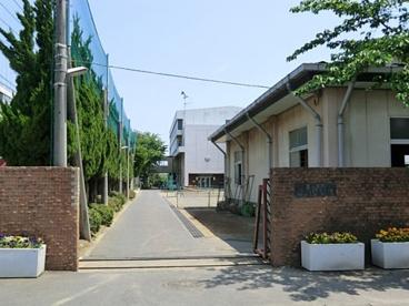 川口市立岸川中学校の画像1
