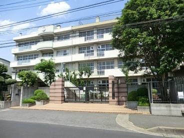 さいたま市立浦和大里小学校の画像1