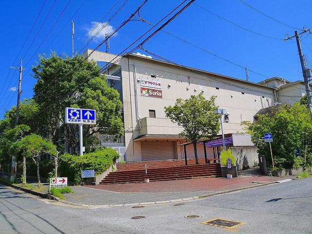 イズミヤ 学園前店の画像