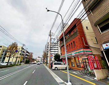 セブンイレブン 福岡南警察署前店の画像1