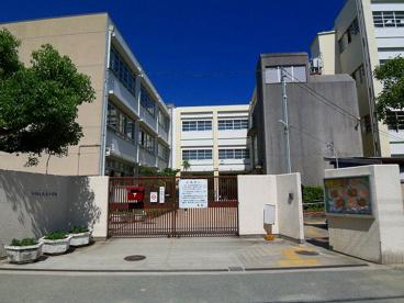 尼崎市大庄小学校の画像1