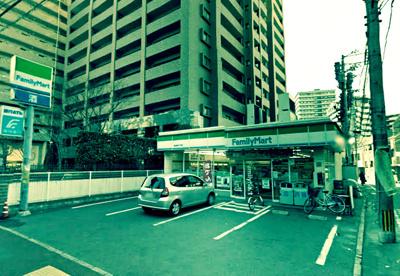 ファミリーマート 渡辺通5丁目店の画像1