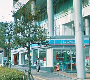 ローソン 平尾駅前店の画像1