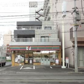 セブンイレブン札幌南4条西7丁目店の画像1