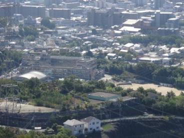 宝塚市立御殿山中学校の画像1