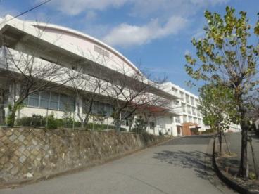 宝塚西高等学校の画像1