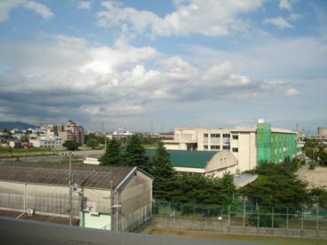 宝塚市立 末広小学校の画像1
