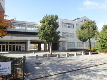 宝塚市立 山手台中学校の画像1