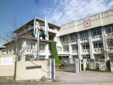京都市大枝小学校の画像1
