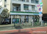 ファミリーマート 高田馬場早稲田通り店