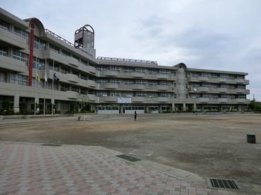 川口市立戸塚綾瀬小学校の画像1