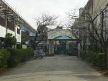 市立小松小学校