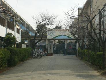 市立小松小学校の画像1